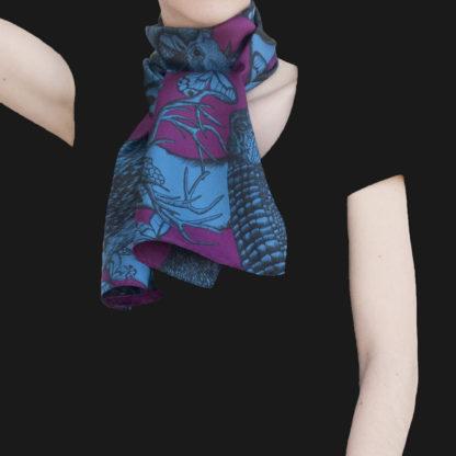 Foulard soie Animalis M bleu violet - Céline Dominiak