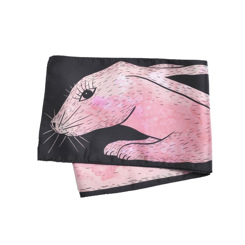 Foulard en soie Céline Dominiak plié lapin rose noir