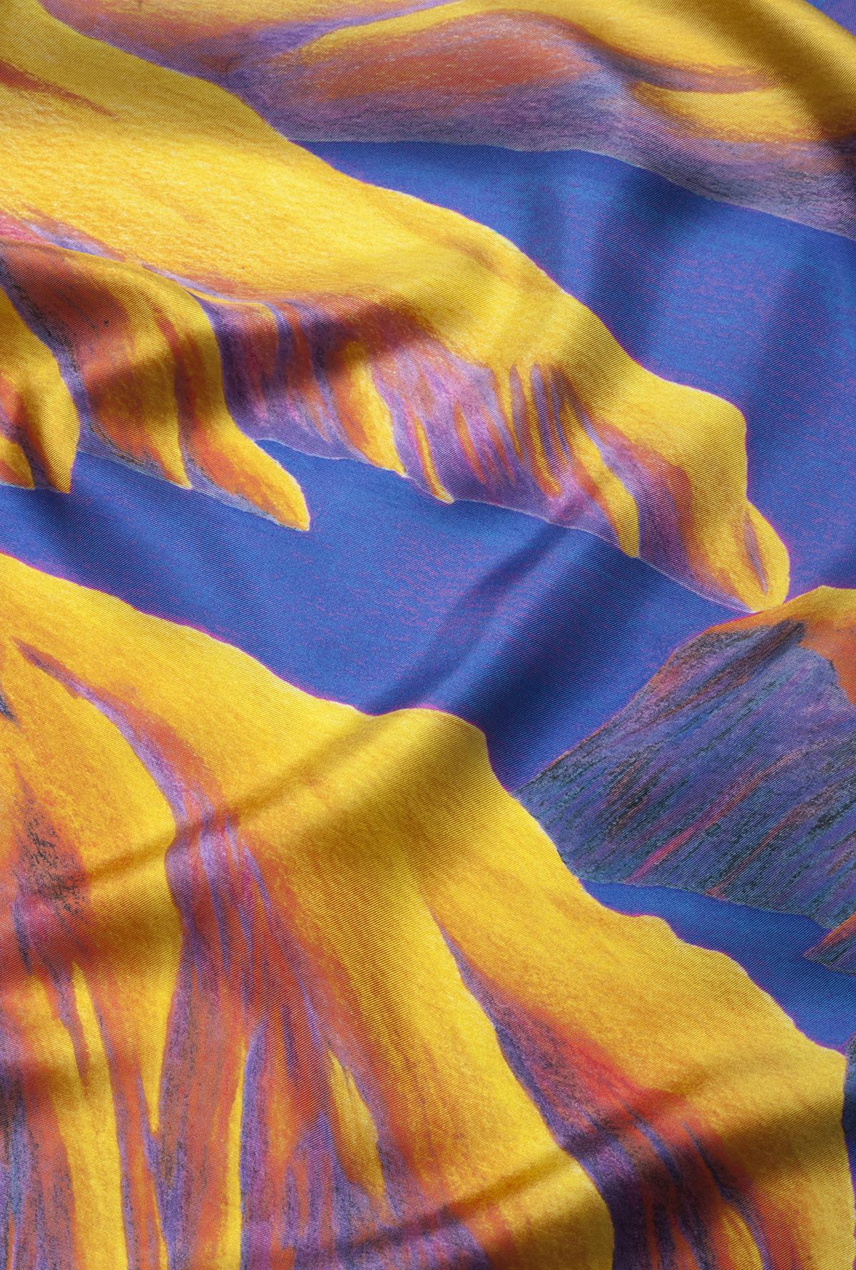 Détail foulard carré de soie Rêves martiens Jaune - Céline Dominiak
