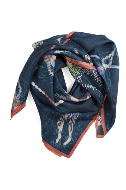 foulard en soie carré noué couleur bleu ardoise