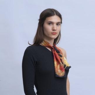 Foulard en soie dessin renard orange et noir de Céline Dominiak