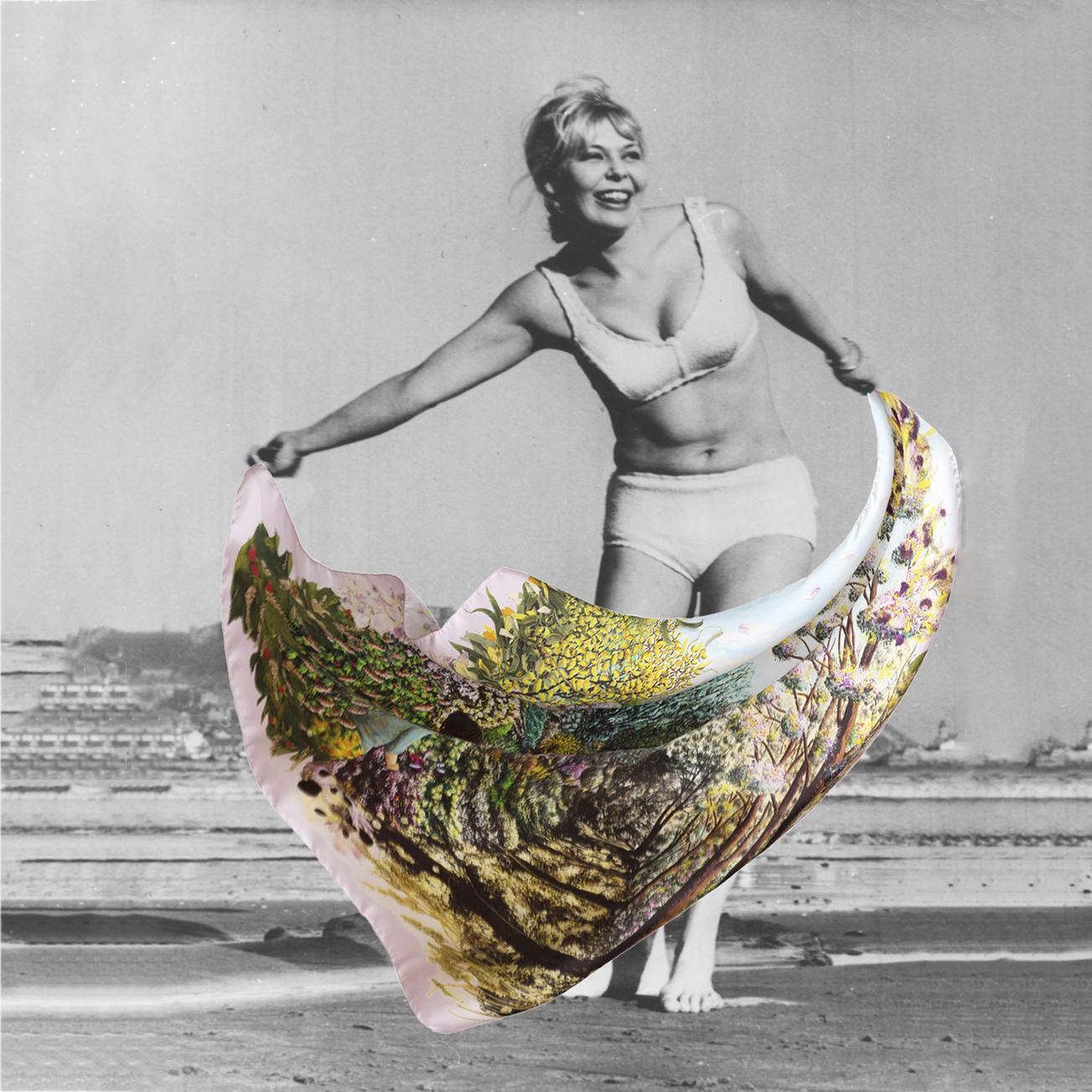 Foulard carré en soie Paradis Perdus / Chemin collage carte postale - de Céline Dominiak