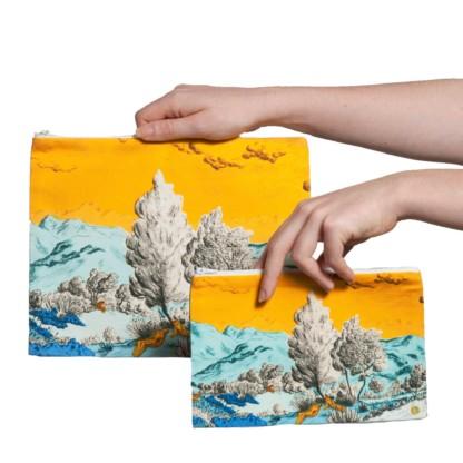 Pochette collection Dormeurs jaune/bleu Céline Dominiak, tailles M et L, recto