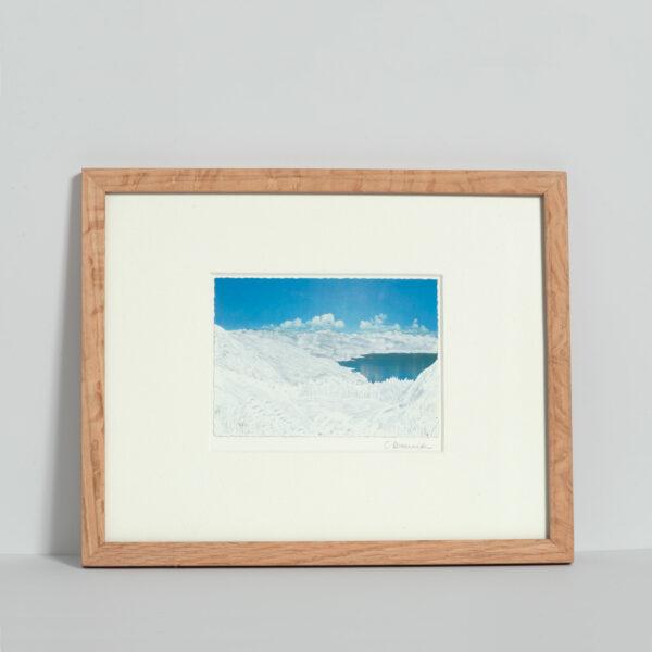 Dessin sur carte postale Calmes blancs 7 , encadré, de Céline Dominiak